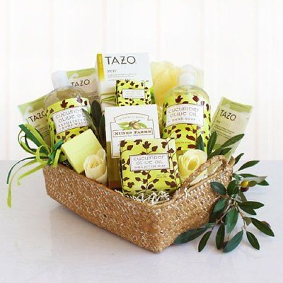 Spa-Gift-Basket-for-Women-Refreshing-Cucumber-and-Moisturizing-Olive-Oil-0