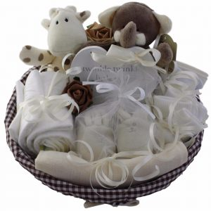 Baby shower nappy cakes// maternity Leave Present// New Or Expecting Mum Gift